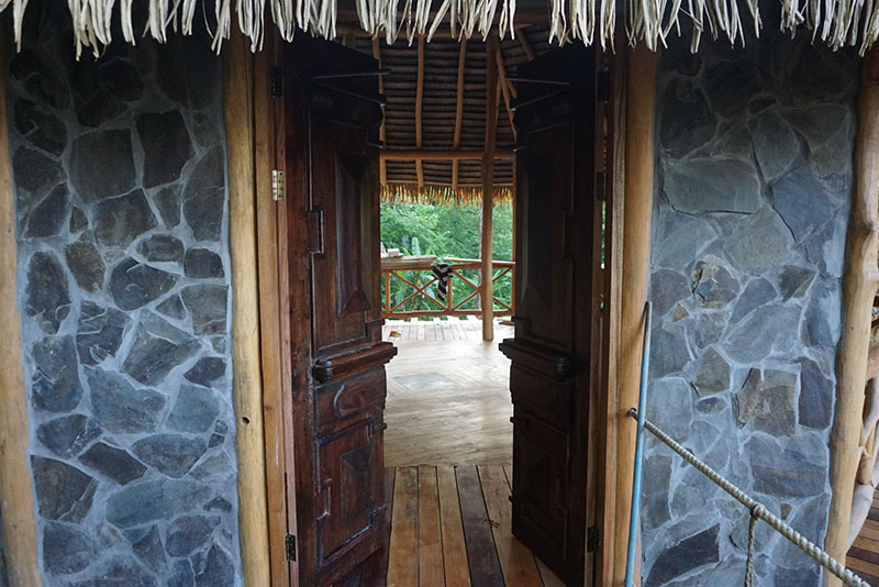 Casa Contiki entry way